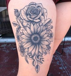 Check out our gallery to get Best Sunflower Tattoo Designs. Badass Tattoos, Mom Tattoos, Cute Tattoos, Body Art Tattoos, Celtic Tattoos, Tattoo Art, Fish Tattoos, Tatoos, Tattoo Quotes