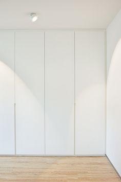 Wardrobe Door Designs, Wardrobe Design Bedroom, Wardrobe Doors, Built In Wardrobe, Closet Bedroom, Home Room Design, Home Interior Design, House Design, Bedroom Cupboard Designs
