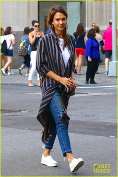 Jessica Alba Enjoys an Afternoon of Shopping in NYC