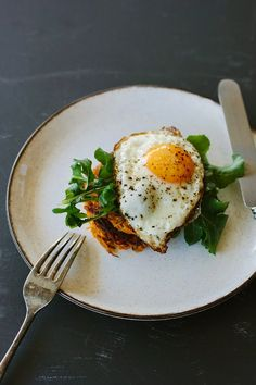 my darling lemon thyme: Spiced sweet potato cakes with crispy fried egg recipe + a giveaway.