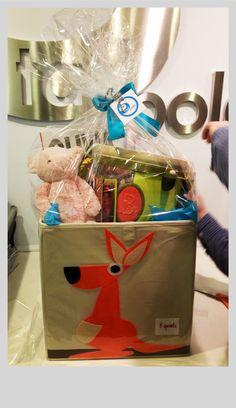 @Kara Morehouse R custom gift basket for a 2 year old. #jellycat pig #B parum pum pum drum, #olivia storybook, #3sprouts kangaroo storage bin. www.shoptadpole.com