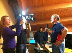 #Shooting Le riprese per le puntate di Guarda chi c'è hanno sempre protagonisti locali simpaticissimi #guardachice #cooptreponti #fano