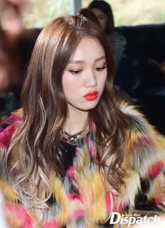 Her sweet cheeks Hair Color Streaks, Hair Highlights, Lee Sung Kyung Hair, Korean Beauty, Asian Beauty, Hair Cut Pic, Swag Couples, Weightlifting Fairy Kim Bok Joo, Joo Hyuk