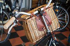 bike basket by José Machado