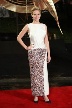 Jennifer Lawrence wearing Christian Dior Couture at the Catching Fire London premiere