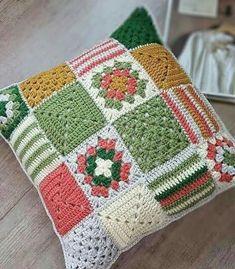 Basketweave Tunisian Crochet Pillow - Page 12 of 35 - apronbasket .com Basketweave Tunisian Crochet Pillow crochet, crochet patterns, crochet patterns free, crochet hair Point Granny Au Crochet, Tunisian Crochet, Crochet Squares, Crochet Motif, Crochet Patterns, Granny Squares, Free Crochet, Knitting Patterns, Pillow Patterns