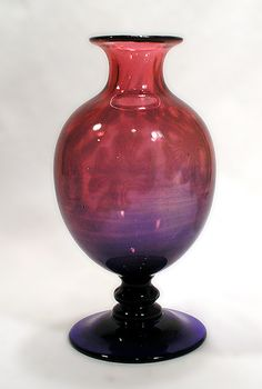 "Edward Hald for Orrefors Unique hand blown ""Graal"" vase in pink and blue glass, 1917 Glass Vessel, Glass Ceramic, Glass Art, Kosta Boda, Crystal Design, Antique Glass, Vintage Decor, Art Forms, Artisan"
