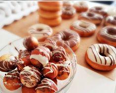 Zeer luchtige donut – Susu Dishes Donuts, Doughnut, Om, Dishes, Desserts, Frost Donuts, Tailgate Desserts, Deserts, Beignets