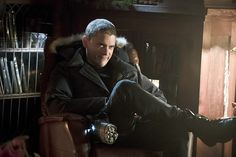 """Official photos from the ninth episode of The Flash season 2, """"Running to Stand Still,"""" airing Tuesday, December 8 at 8pm on the CW.Official synopsis from the CW: """"When Mark Mardon AKA The Weather Wizard (guest star Liam McIntyre) returns to break Leonard Snart AKA Captain Cold (guest star Wentworth Miller) and James Jesse AKA The Trickster (guest star Mark Hamill) out of Iron Heights, Barry (Grant Gustin) must stop these rogues from taking over Central City during Christmas. Meanwhile, Joe…"""