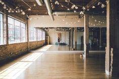 so much to work with! Yoga Studio Design, Yoga Studio Interior, Yoga Studio Decor, Home Dance Studio, Dream Studio, Studio Studio, Studio Ideas, Wellness Studio, Fitness Studio