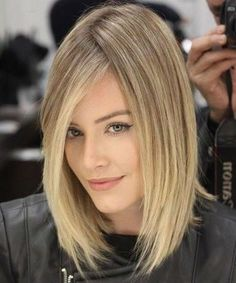 Outstanding Choppy Bob Hairstyles 2019 for Your Distinctive Style and Inspiring Look. Bob Hairstyles are Always Cool and Trendy and Been First Choice for Women. Now You Can Modify Your Trendy Bob Hairstyles with These New Ideal Bob Hairstyles Summer Haircuts, Cool Haircuts, Summer Hairstyles, 2018 Haircuts, Blonde Haircuts, Short Relaxed Hairstyles, Trendy Hairstyles, Straight Hairstyles, Brown Hair Shades