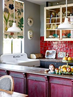 Antique, walnut-topped, magenta work counter is pure dynamite with tomato red backsplash tiles. William and Johanna White — The Design Files Space Furniture, Furniture Design, Plywood Furniture, Modern Furniture, Interior Exterior, Interior Design, Maximalist Interior, Sweet Home, Ivy House
