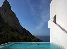 House on the Cliff | Trendland: Design Blog & Trend Magazine