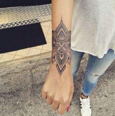 (notitle) – Stefanie Jehle – Tattoo Model And Advice Cuff Tattoo, Shin Tattoo, Tattoo Bracelet, Piercing Tattoo, Arm Band Tattoo, Piercings, Girly Tattoos, Life Tattoos, Unique Tattoos