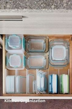 Using dividers to make this easy and efficient #diykitchen #storageideas