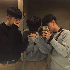 Asian Boys, Asian Men, Ullzang Boys, I Need A Boyfriend, Boy Squad, Couple Aesthetic, Girl Couple, Korean Couple, Ulzzang Couple
