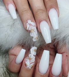 Elegant Rhinestones Coffin Nails Designs - New Ideas White Acrylic Nails, Summer Acrylic Nails, Summer Nails, Wedding Acrylic Nails, Nail Swag, 3d Flower Nails, Acrylic Nail Designs, 3d Nail Designs, Flower Nail Designs