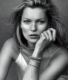 Kate Moss in delicate sparkling beads and a brilliant Tempo bracelet.