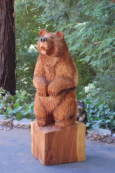 Redwood Carved Bear - 5ft tall