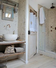 rustic bathroom - taken from My Paradissi