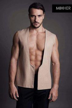 Minimalist vest || Unisex brand www.mihher.com