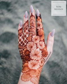 30 Lotus Mehndi Designs For Your Gorgeous Henna Design Modern Henna Designs, Basic Mehndi Designs, Rose Mehndi Designs, Latest Bridal Mehndi Designs, Henna Art Designs, Stylish Mehndi Designs, Mehndi Designs For Girls, Mehndi Design Pictures, Dulhan Mehndi Designs