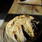 Une nouvelle recette économique avec le thermomix : le pain cocotte : une manière surprenante et originale de réussir du pain maison.