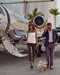 What a wonderful life of luxury! Do you want this kind of lifestyle? Make it happen today! Luxury Lifestyle Fashion, Lifestyle Shop, Lifestyle Quotes, High Level, Slimming World, Jet Set, What A Wonderful Life, Rich Couple, Angeles