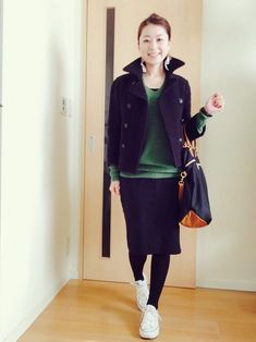 30 hottest winter outfits cold ideas to wear right now Autumn Fashion Women Fall Outfits, Winter Fashion Casual, Autumn Winter Fashion, Winter Outfits, Casual Outfits, Womens Fashion, Japanese Winter Fashion, Winter Skirt Outfit, Natural Clothing