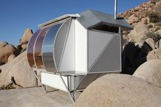 Image 5 of 6 from gallery of Frederick Kiesler Prize for Architecture and the Arts Winner: Andrea Zittel. Courtesy of Andrea Zittel Frederick Kiesler, Pergola Canopy, Small Space Living, Living Spaces, Art And Architecture, Architecture Awards, Glamping, Igloo Homes, Tiny Houses
