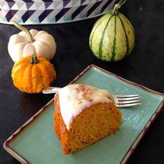 Pumpkin Carrot Chiffon Cake with Cream Cheese Glaze - Anna Olson For T's bday cake? Cream Cheese Glaze, Cake With Cream Cheese, Pumpkin Recipes, Fall Recipes, No Bake Desserts, Dessert Recipes, Pumpkin Chiffon Pie, Best Sweets, Chiffon Cake