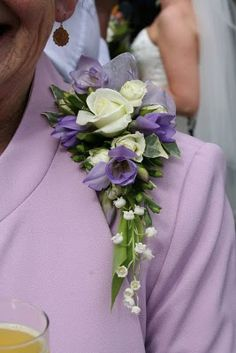 shoulder+corsages+fresh+flowers | Purple+freesia+corsage
