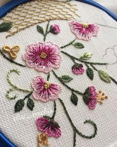 silk ribbon embroidery kits for beginners Brazilian Embroidery Stitches, Hand Embroidery Videos, Embroidery Flowers Pattern, Hand Embroidery Stitches, Crewel Embroidery, Hand Embroidery Designs, Cross Stitch Embroidery, Embroidery Supplies, Embroidery Kits