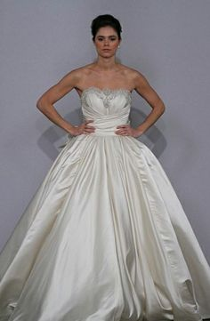 Pnina Tornai: Sweetheart Princess/Ball Gown Wedding Dress  with Natural Waist in Silk. Bridal Gown Style Number:32445991