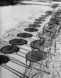 Chairs of Paris, Champs-Élysées shadows by Andre Kertesz Andre Kertesz, Shadow Photography, Street Photography, Art Photography, Interior Photography, Framing Photography, Digital Photography, Shadow Art, Shadow Play