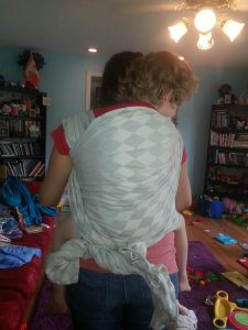 Poe Wovens Harlequin Platine woven wrap review by Manic Pixie Dream Mama #babywearing 45 lbs of not-my-kid.