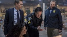 "Review: 'Patriots Day' honors Boston Bombing victims - Last year, director/writer Peter Berg made ""Deepwater Horizon"", a true-story action thriller that starred Mark Wahlberg saving numerous people from explosions. This year Berg made ""Patriots Day"", a true-story action thriller that stars Mark Wahlberg saving numerous people from explosions. At leas... - http://azbigmedia.com/experience-az/review-patriots-day-nails-true-story-action-genre"