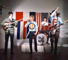 1960-1969 THE WHO color group concert photo (Celebrities & Musicians)