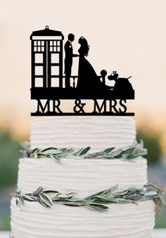 Wedding Cake Topper TARDIS, Doctor Who Wedding Cake Topper, TARDIS Wed – DokkiDesign