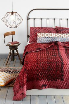 Noodle Jaipur Overdyed Quilt #urbanoutfitters