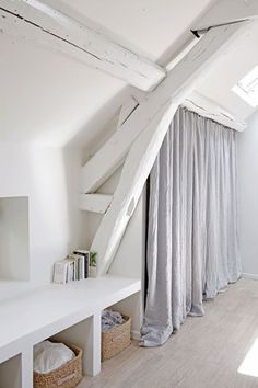 Loft = white beams and wardrobe curtains Attic Renovation, Attic Remodel, Attic Rooms, Attic Spaces, Attic Playroom, Attic Bathroom, Attic House, Attic Apartment, Style At Home