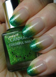 Green Glitter Gradient