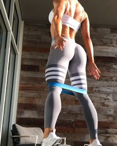 Totally doin this lower bod band workout Butt Workout, Gym Workouts, At Home Workouts, Workout Videos, Fitness Goals, Fitness Inspiration, Instagram, Excercise, Legs