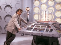 sylvester mccoy | Sylvester McCoy's Control Room | BEYOND THE MARQUEE