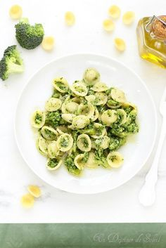 Pâtes aux brocolis comme en Italie Penne, Pasta, Italian Recipes, Vegan Recipes, Cooking Recipes, Gnocchi, Diner Recipes, Salty Foods, Good Foods For Diabetics