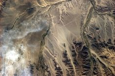 photos_of_earth_taken_from_space_08 Nazca Plain