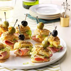 55 Bite-Sized Holiday Appetizers Look here for enticing hot bites, finger foods and other savory party noshes you can pop in your mouth. Ham and Cheese Biscuit Stacks One Bite Appetizers, Cold Appetizers, Christmas Appetizers, Appetizers For Party, Appetizer Recipes, Appetizer Ideas, Finger Foods For Parties, Potluck Finger Foods, Christmas Finger Foods