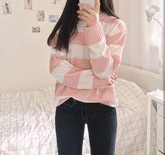 Looks coreanos - Calça jeans - M. Green - Looks coreanos - Calça jeans Looks coreanos - Calça jeans - Wattpad - Korean Fashion Trends, Korean Street Fashion, Korea Fashion, Asian Fashion, Kawaii Fashion, Cute Fashion, Girl Fashion, Fashion Outfits, Fashion Design