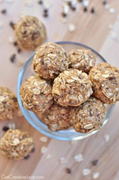Peanut Butter Oatmeal no bake energy bites