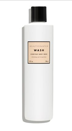 We fortified our invigorating citrus-mint body wash with nourishing marula and mongongo oils (known for their moisturizing power and antioxidant properties thanks to Vitamin E and Omega-6).
